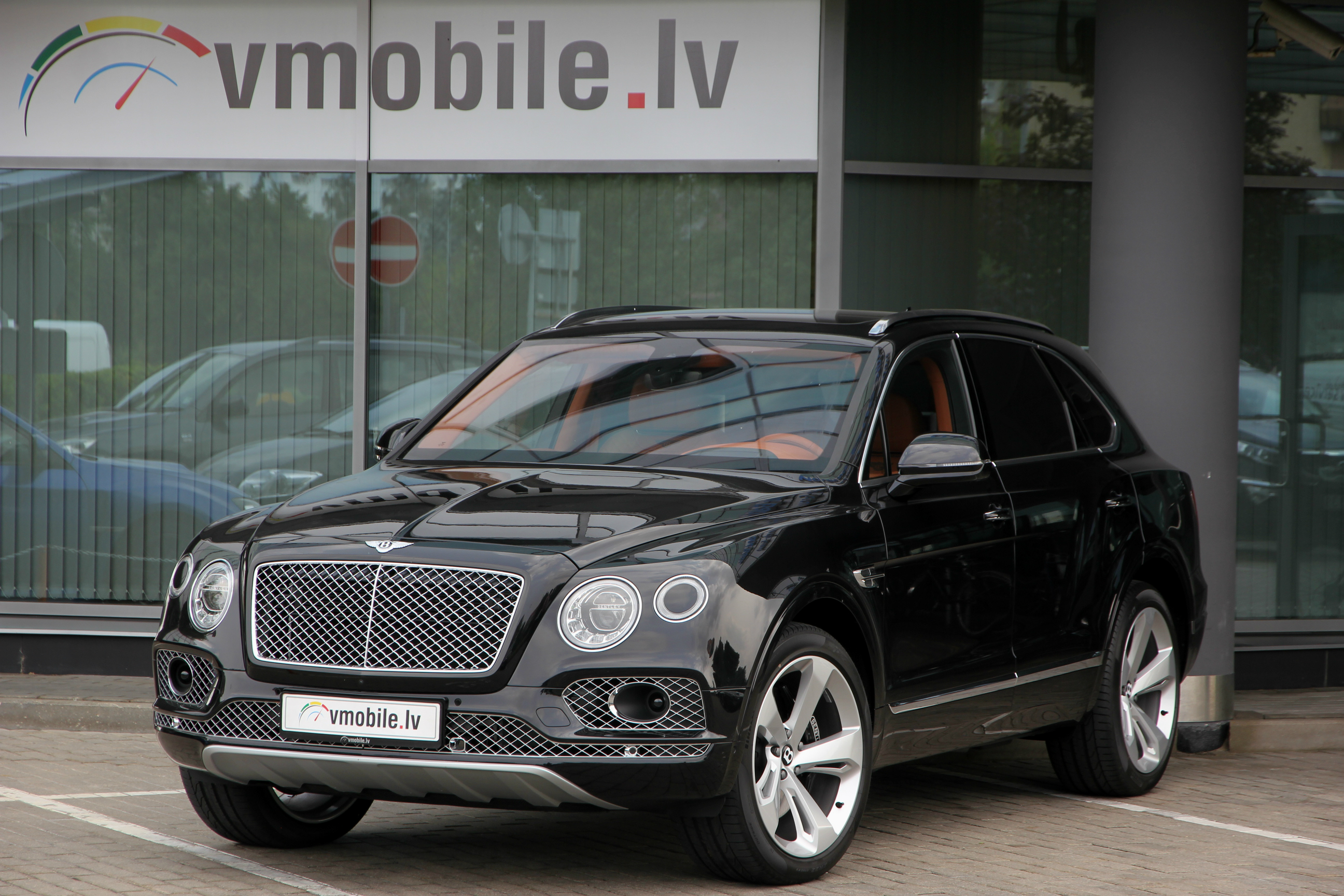 BENTLEY BENTAYGA 22