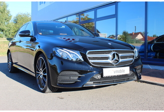 Mercedes Benz 220d AMG packag...