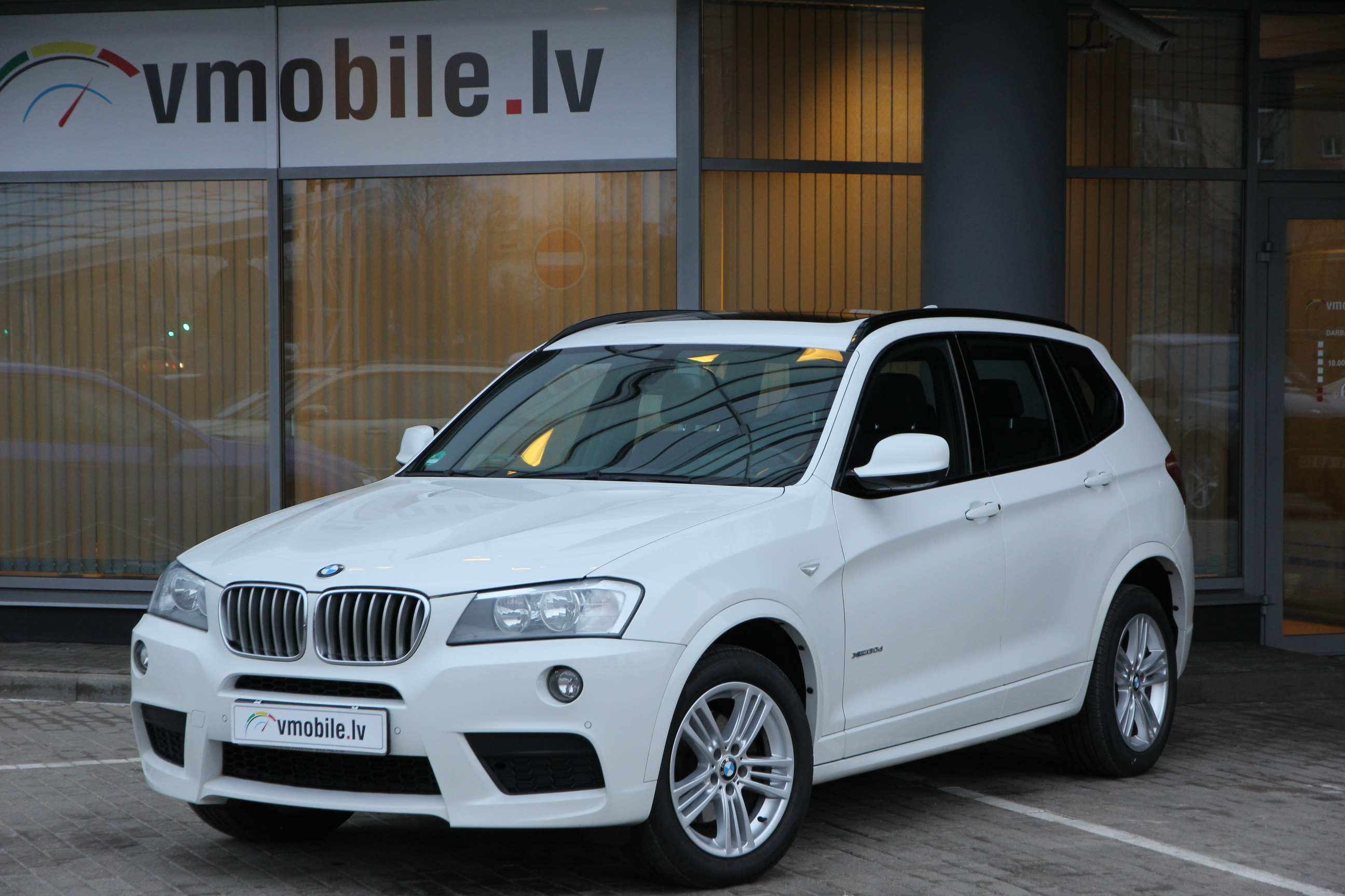 BMW X3 3.0d XDRIVE 258HP INDIVIDUAL M SPORT PACKAGE  PANORAMA GLASS ROOF